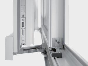 Замена механизма пластикового окна в Электростали